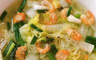 Không muốn tăng cân thì cứ nấu ngay bát canh này thay cơm cho bữa tối: Vừa ấm bụng, vừa đủ chất!