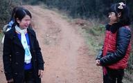 Bé gái 12 tuổi bị cha ép lấy chồng