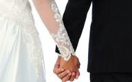 Chú rể không đến lễ cưới, cô dâu cưới luôn khách mời