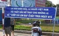 Dậy sóng vì băng rôn xin lỗi vụ hôi bia ở Đồng Nai