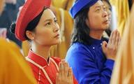 Sao Việt làm đám cưới nơi cửa Phật