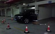 Đỗ xe trong garage, cả vợ lẫn chồng đều tử vong
