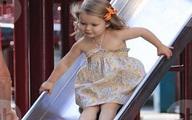 Con gái út nhà Beckham càng lớn càng xinh