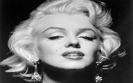 Bằng chứng Marilyn Monroe phẫu thuật thẩm mỹ