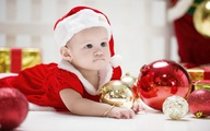 Con gái Vũ Thu Phương xinh xắn đón Giáng sinh sớm