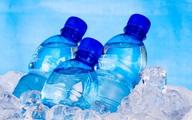 Chuyên gia nói về uống nước đóng chai để trong ôtô gây ung thư