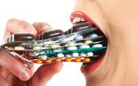 Không đâu mua bán thuốc kháng sinh dễ dãi như Việt Nam!