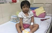 Xót xa cháu bé sớm mồ côi mẹ, giờ lại mang bệnh ung thư