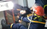 Người phụ nữ rơi xuống giếng thang máy trong nhà dân ở đường Sư Vạn Hạnh