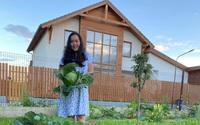 Khu vườn ngát hương hoa, tươi xanh màu rau củ của nữ giám đốc Việt ở Nga