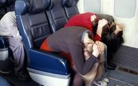 Tư thế giúp bạn bảo vệ tính mạng khi gặp tai nạn xe khách, máy bay, hãy học thuộc ngay