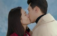Hyun Bin cứ đóng cảnh hôn Son Ye Jin là tai đỏ bừng bừng, đúng là được khóa môi người yêu có khác!