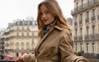 Quý cô người Pháp nào cũng có sẵn một chiếc áo trench coat, và đây là 13 cách diện sang trọng đỉnh cao của họ