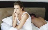 Bi kịch gia đình bởi chồng bỏ rơi vợ vì… con