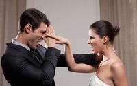 Mẹ chồng bênh con trai quát con dâu, sau phải xin lỗi vì con dâu quá đúng