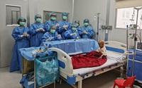 Bệnh nhi đầu tiên ở Việt Nam bị u nguyên bào võng mạc được ghép tế bào gốc thành công