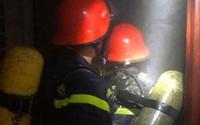 Nghệ An: Người dân hoảng loạn khi căn hộ ở tầng 3 chung cư Trường Thịnh bốc cháy