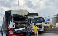 Tài xế xe tải chết kẹt sau tai nạn với xe container