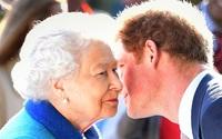 Không phải Meghan Markle, chính Hoàng tử Harry lại khiến Nữ hoàng Anh tổn thương sâu sắc bởi hành động này