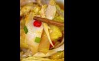 Cách làm gà hấp saffron vàng bóng