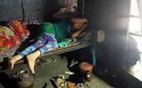 """Bố bị thần kinh, cô gái dân tộc bị suy thận đành nằm nhà """"chờ chết"""" vì không có tiền"""
