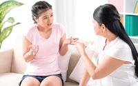 Mẹ hoảng hốt trước những thay đổi của con gái 17 tuổi
