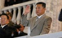 Ông Kim Jong-un lại xuất hiện với ngoại hình gây chú ý