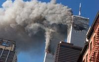 'Người đàn ông rơi': Tấm hình ám ảnh cực độ về thảm kịch ngày 11/9 và câu chuyện do nhiếp ảnh gia 'máu lạnh' kể lại