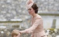 Đưa cả 3 con đến Pháp dự hôn lễ em trai, Công nương Kate có quyết định đầy tinh tế khiến ai cũng nể phục