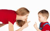 """Cách cha mẹ thông minh """"mắng"""" con hiệu quả"""