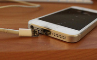 Sạc điện thoại, nam sinh lớp 12 bị điện giật tử vong