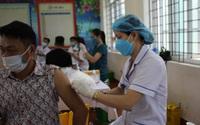 Quảng Ninh đẩy nhanh chiến dịch tiêm vaccine phòng COVID-19 trên diện rộng