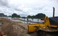 Quảng Ninh: Dự án trăm tỉ thi công bằng cát lậu