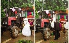 """""""Sốt xình xịch"""" đám cưới rước dâu bằng """"máy cày"""" ở Thanh Hóa"""