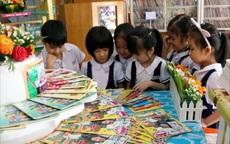"""Thẩm định sách giáo khoa lớp 1: Những bộ sách nào được thẩm định là """"đạt"""" ?"""