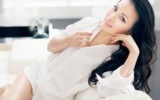 Sau gần 20 năm làm vợ tỷ phú gốc Việt giàu nhất ở Mỹ, ca sĩ Hà Phương giờ ra sao?