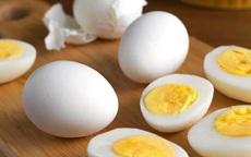 """Quên cách luộc trứng cũ đi, luộc trứng bằng nồi chiên không dầu mới là """"đỉnh cao"""""""