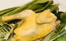 Học Hoa hậu Ngọc Hân trổ tài làm món gà hấp muối đơn giản nhưng thành phẩm ngon lạ, cả nhà ai cũng khen