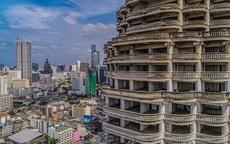 """Lạnh gáy với """"tòa tháp ma"""" bỏ hoang ở Thái Lan"""