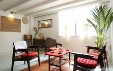 Cải tạo nhà tập thể đẹp hoài cổ lấy cảm hứng từ phong cách Đông Dương có chi phí 120 triệu đồng ở Sài Gòn