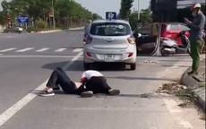 Kỷ luật cảnh cáo, điều chuyển công tác đại uý công an đứng bấm điện thoại khi tài xế taxi vật lộn với cướp ở Hà Nội