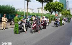 Hà Nội: Hàng loạt xe máy quay đầu bỏ chạy khi gặp chốt kiểm dịch liên ngành