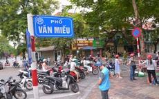 Hà Nội: Đội áo xanh tình nguyện hỗ trợ vận chuyển thực phẩm trong khu vực cách ly