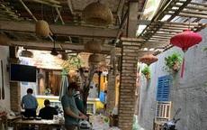 Vợ chồng Trường Giang - Nhã Phương chi hơn 300 triệu đồng, cùng bạn bè thực hiện bếp ăn 0 đồng phục vụ bà con chống dịch