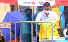 Hà Nội: Liên tiếp phát hiện người mắc COVID-19, các chốt kiểm soát ngõ 328, 330 Nguyễn Trãi thắt chặt