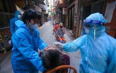 Chỉ mệt mỏi, người phụ nữ Hà Nội bất ngờ nhiễm COVID-19, phong toả thêm 1 toà nhà