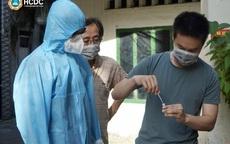 Thứ trưởng Nguyễn Trường Sơn kêu gọi người dân TP.HCM tự test nhanh COVID-19