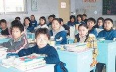 8 học sinh thiệt mạng vì ngã cầu thang