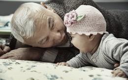 Ấm ức phát khóc vì bố chồng
