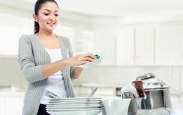 Những thói quen xấu gây hại cho đôi tay phụ nữ